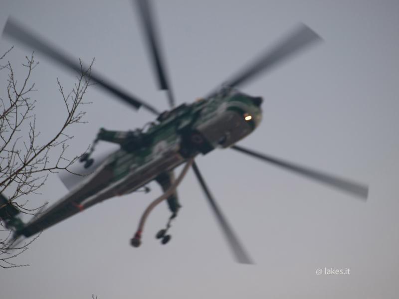 Elicottero Protezione Civile sul Lago Grande di Avigliana