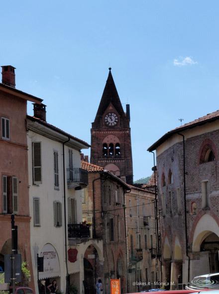 Borgo vecchio e Sacra di San Michele, vicino ai laghi di Avigliana. Nella foto, il centro storico di Avigliana