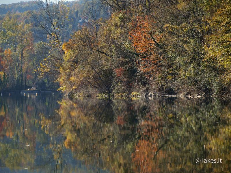 Lago Grande di Avigliana, autunno