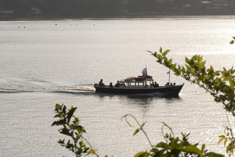 Lago Grande di Avigliana Sole e Traffico per il 25/04