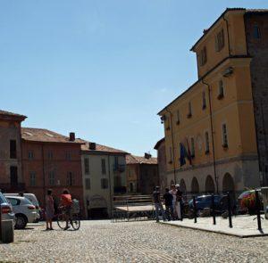 piazza Conte Rosso, Avigliana